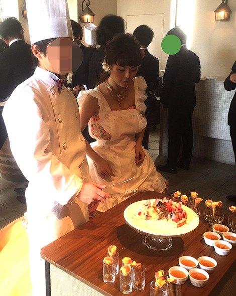 結婚式 デザートブッフェ エプロン